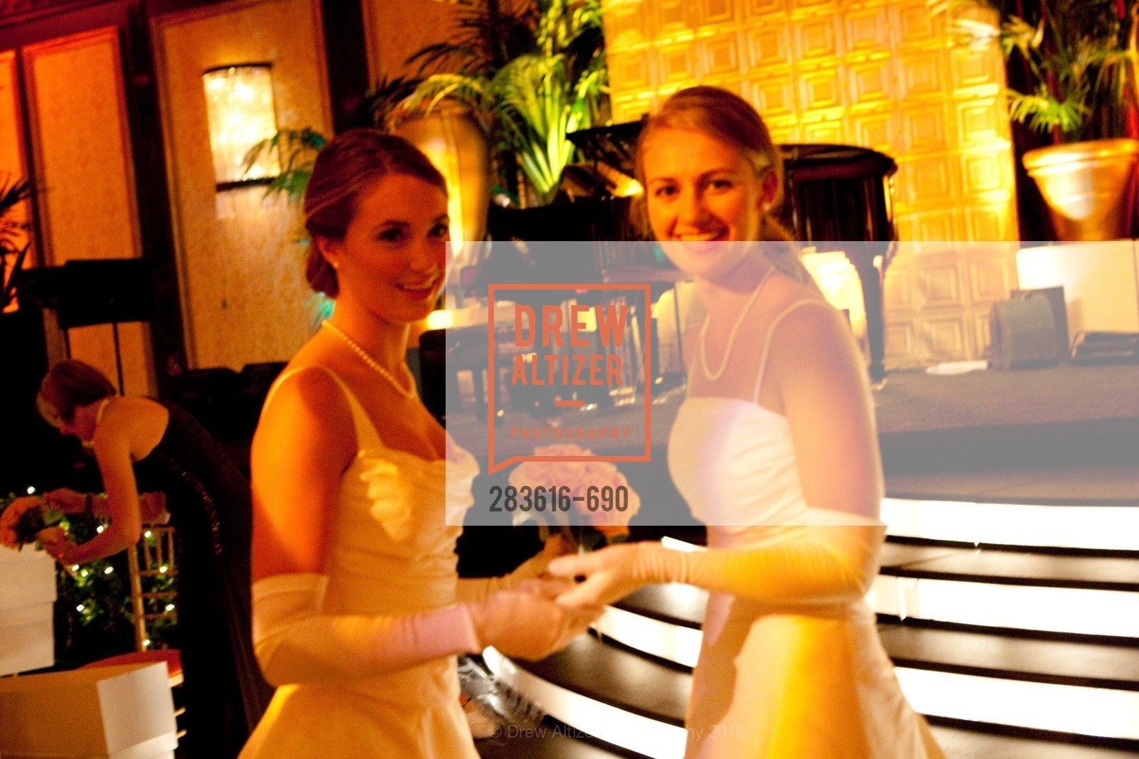 Anne Christine Lewis, Abigail Brannan Mathieson, 2009 Debutante Ball, Unknown, July 4th, 2008,Drew Altizer, Drew Altizer Photography, full-service agency, private events, San Francisco photographer, photographer california