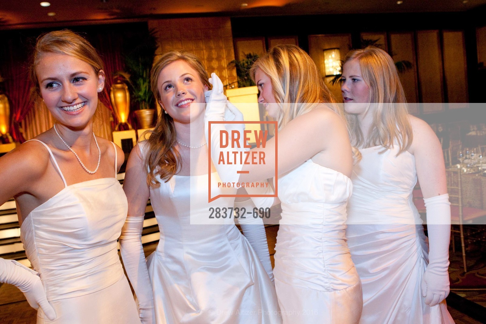 Abigail Brannan Mathieson, Alexandra Averell Lively Edmondson, Emma Giorgianna Jesberg, Kelly Erin Gillfillan, 2009 Debutante Ball, Unknown, July 4th, 2008,Drew Altizer, Drew Altizer Photography, full-service agency, private events, San Francisco photographer, photographer california