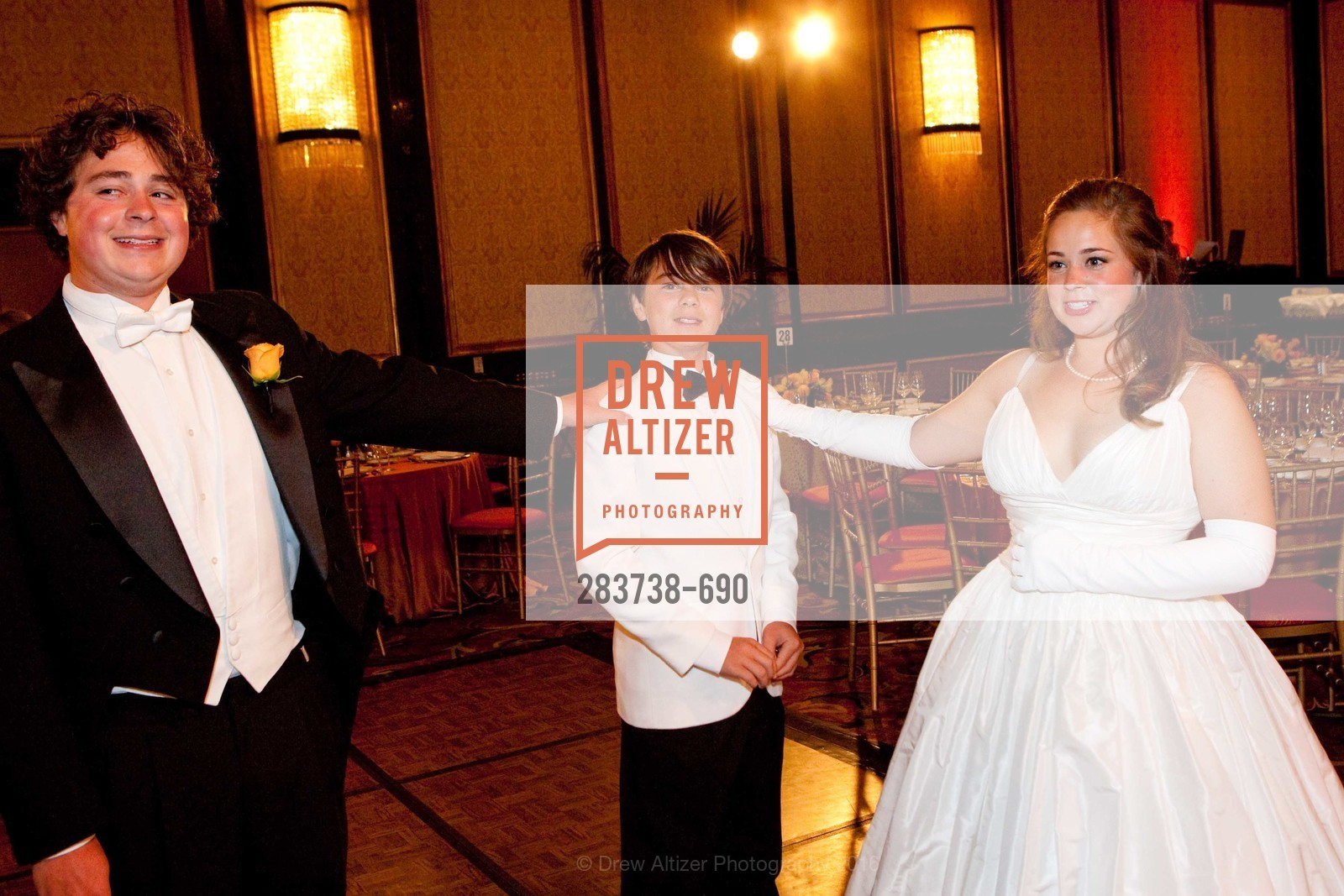 Taylor Roy, 2009 Debutante Ball, Unknown, July 4th, 2008,Drew Altizer, Drew Altizer Photography, full-service agency, private events, San Francisco photographer, photographer california