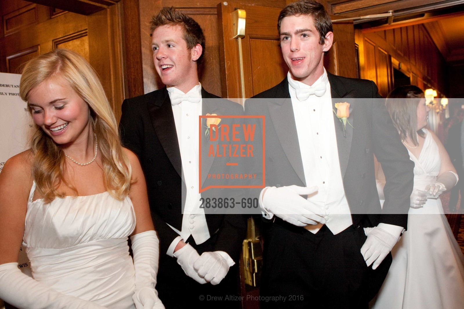Emma Jesberg, Ryan Kircher, Paul Schemel, 2009 Debutante Ball, Unknown, July 4th, 2008,Drew Altizer, Drew Altizer Photography, full-service agency, private events, San Francisco photographer, photographer california