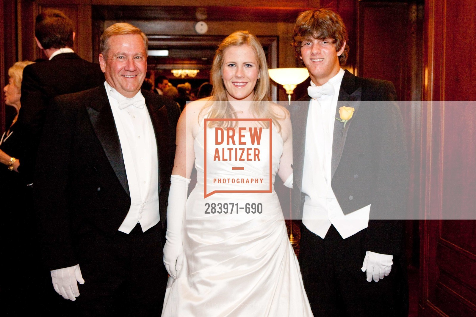 Mike Gillfillian, Kelly Gillfillan, Jeffrey Toland, 2009 Debutante Ball, Unknown, July 4th, 2008,Drew Altizer, Drew Altizer Photography, full-service agency, private events, San Francisco photographer, photographer california