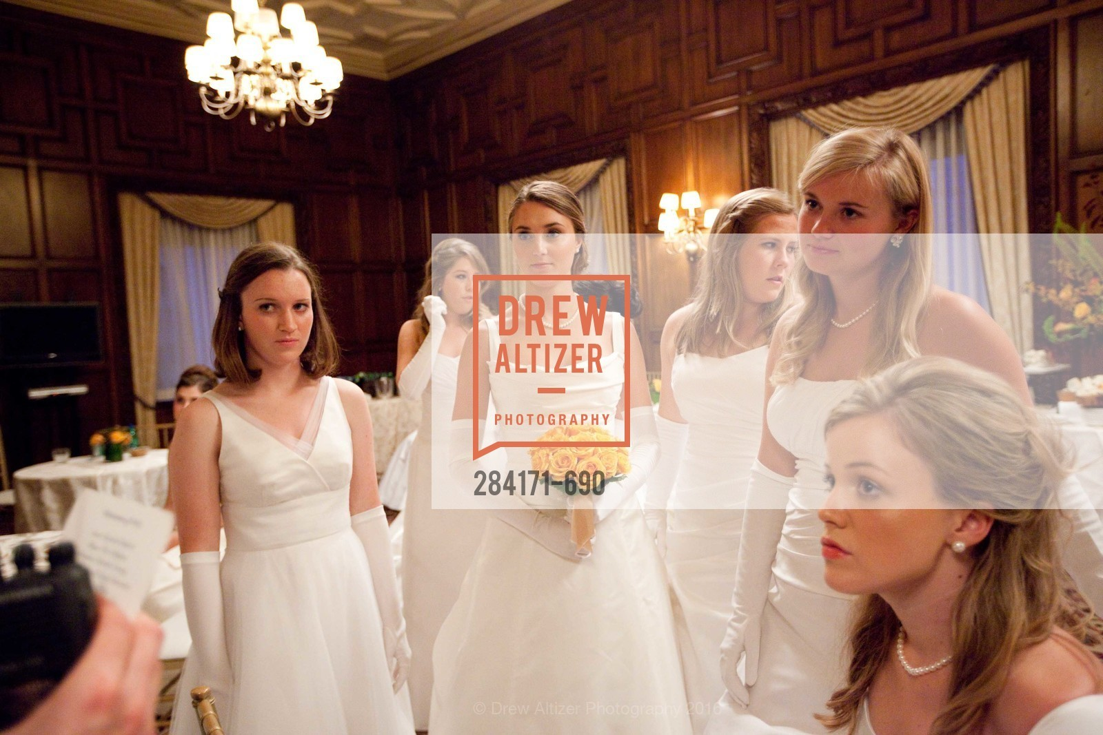 Eloise Horn, Victoria Student, Sarah Bedford, Kelly Gillfillan, Emma Jesberg, Averell Edmondson, 2009 Debutante Ball, Unknown, July 4th, 2008,Drew Altizer, Drew Altizer Photography, full-service agency, private events, San Francisco photographer, photographer california