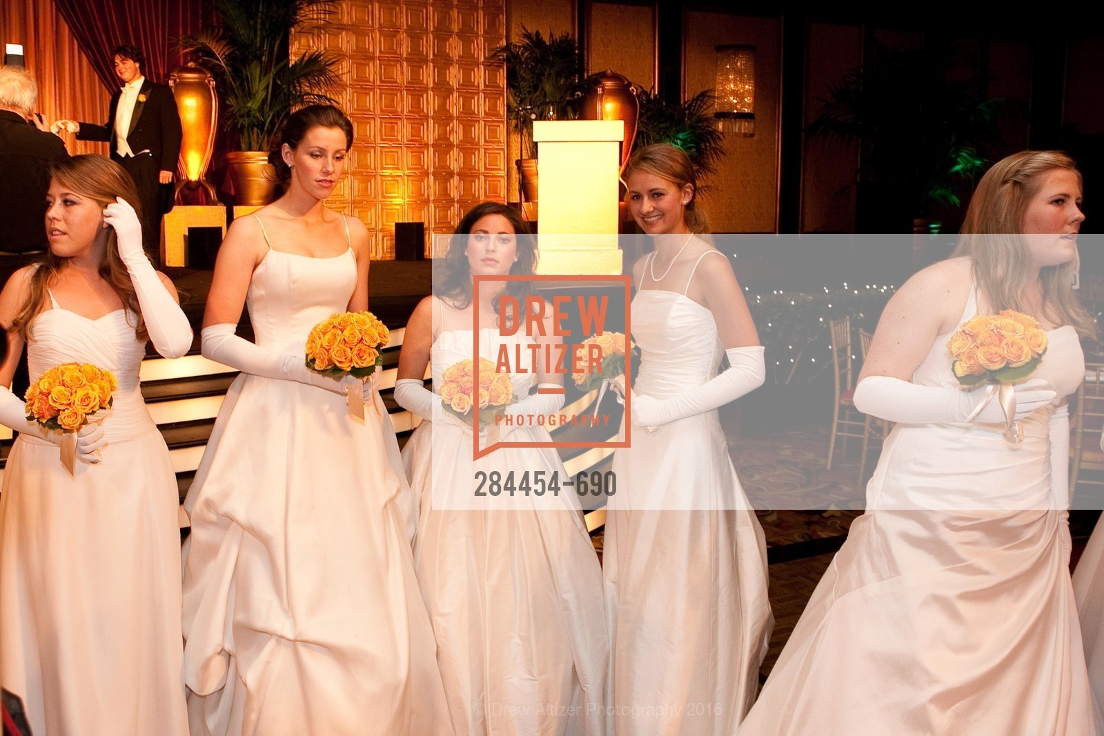 Taylor Roy, Victoria Student, Meaghan Crowley, Greer Rosenbaum, Abigail Brannan Mathieson, 2009 Debutante Ball, Unknown, July 4th, 2008,Drew Altizer, Drew Altizer Photography, full-service agency, private events, San Francisco photographer, photographer california
