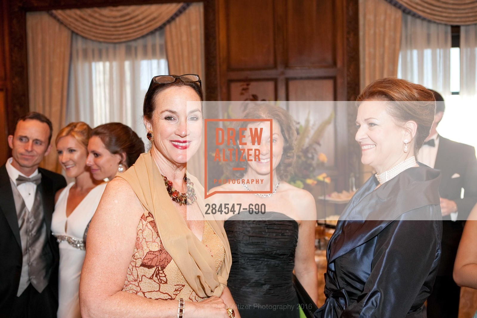 Cecilia Herbert, Susan Malott, 2009 Debutante Ball, Unknown, July 4th, 2008,Drew Altizer, Drew Altizer Photography, full-service agency, private events, San Francisco photographer, photographer california