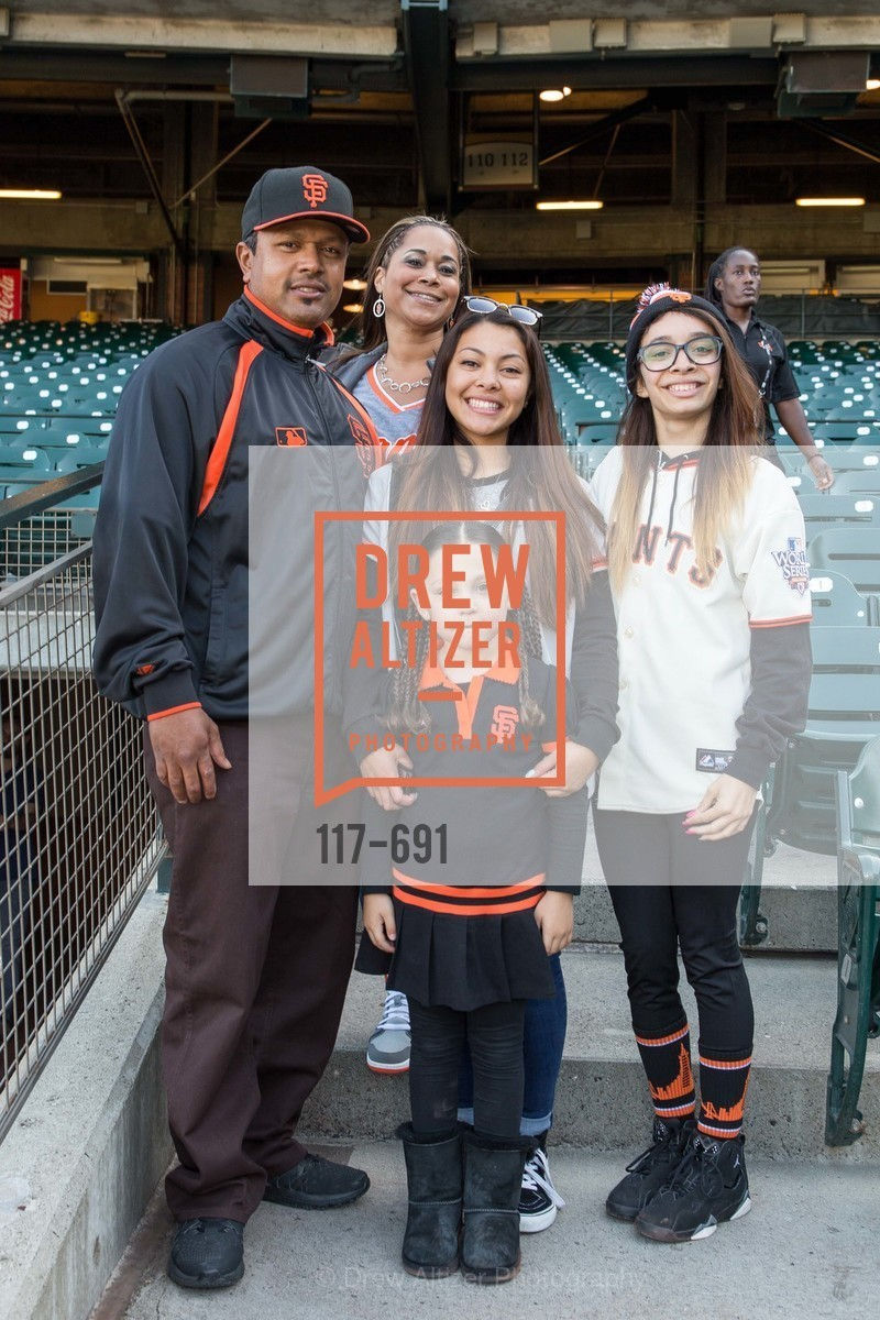 Michelle Almodovar, Aryana Poynter, ST. FRANCIS FOUNDATION'S Knock It Out of the Park, US. AT&T Park, June 4th, 2015,Drew Altizer, Drew Altizer Photography, full-service agency, private events, San Francisco photographer, photographer california