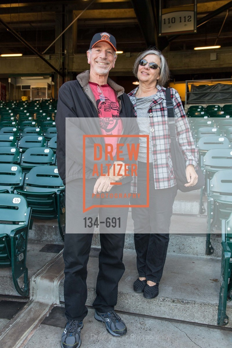Mark Garfield, Cynthia Garfield, ST. FRANCIS FOUNDATION'S Knock It Out of the Park, US. AT&T Park, June 4th, 2015,Drew Altizer, Drew Altizer Photography, full-service agency, private events, San Francisco photographer, photographer california