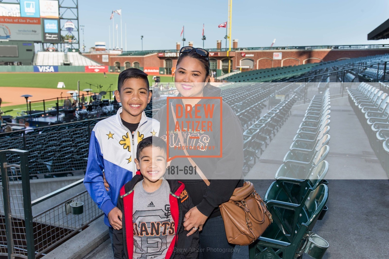 Darren Mariano, Elijah Mariano, Diane Mariano, ST. FRANCIS FOUNDATION'S Knock It Out of the Park, US. AT&T Park, June 4th, 2015,Drew Altizer, Drew Altizer Photography, full-service agency, private events, San Francisco photographer, photographer california