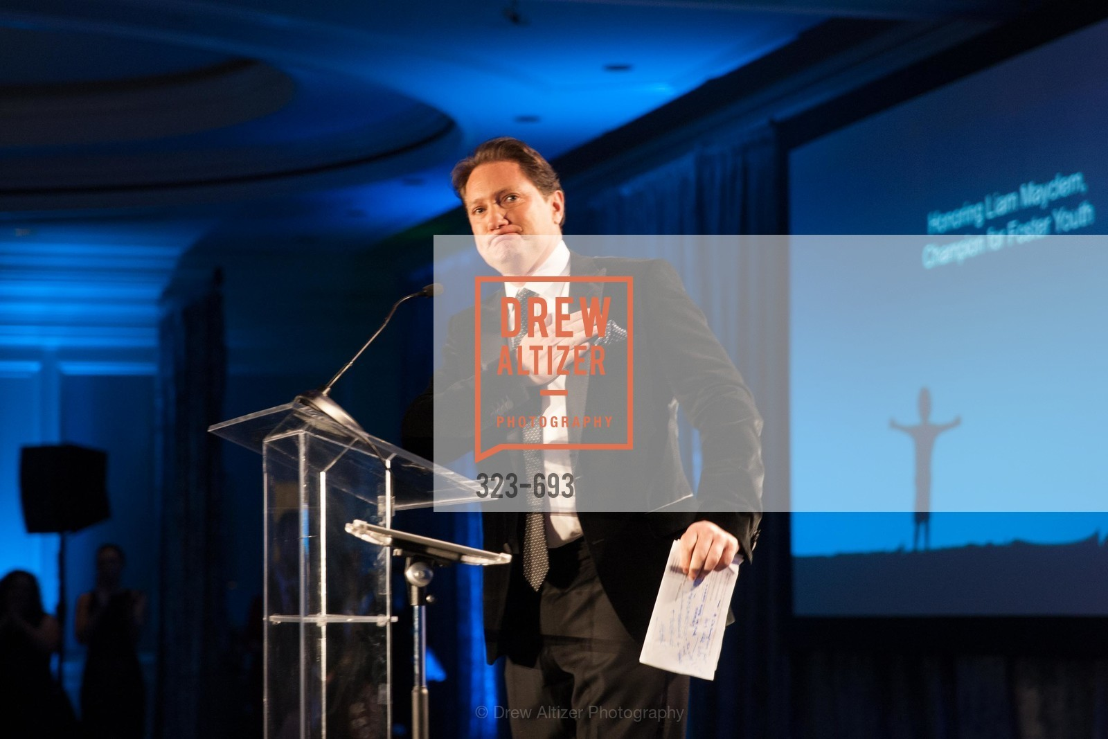 Liam Mayclem, SFCASA'S Fostering Change Gala:  Room Without A Roof, US, May 2nd, 2015,Drew Altizer, Drew Altizer Photography, full-service agency, private events, San Francisco photographer, photographer california
