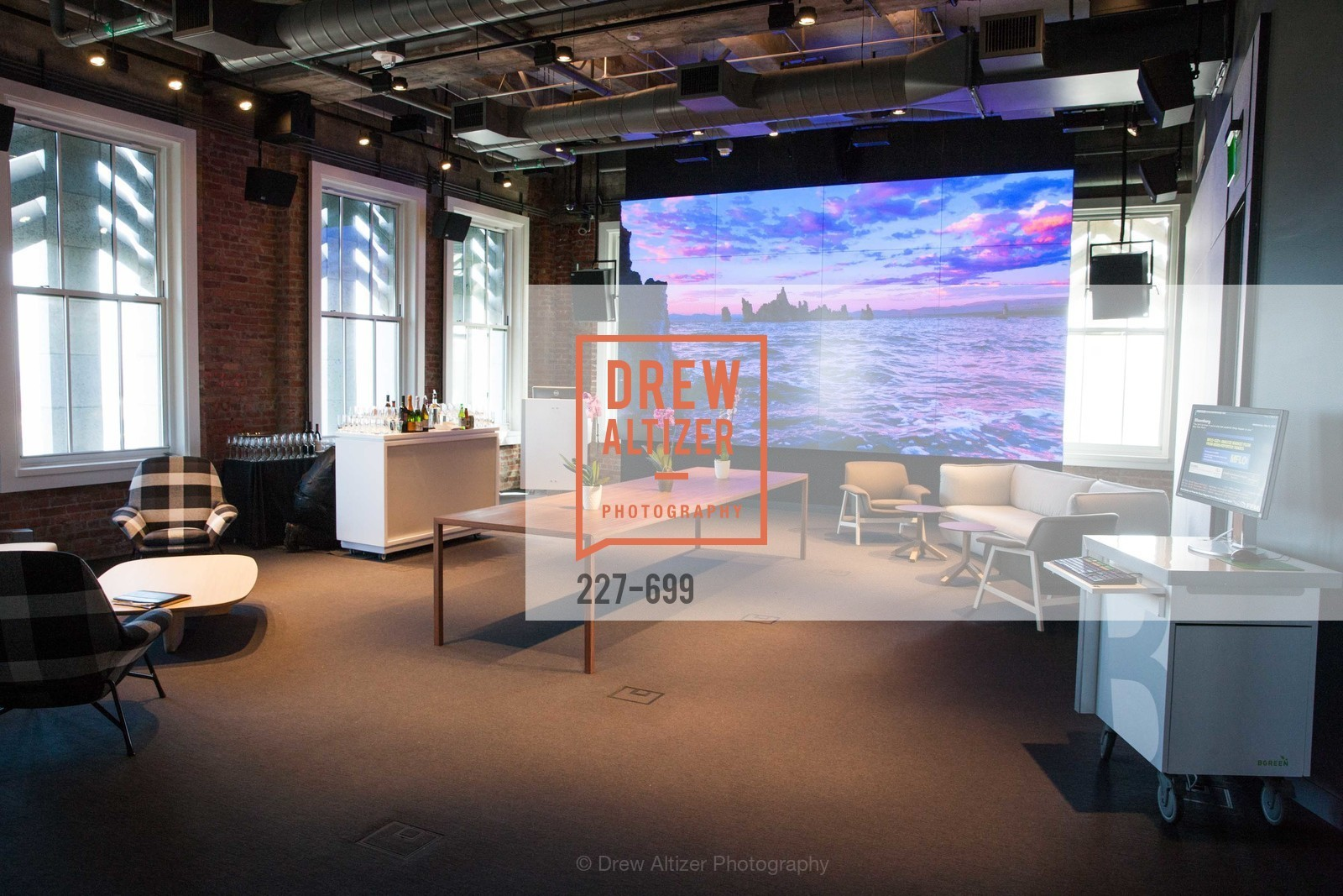 Atmosphere, BLOOMBERG Office Opening, US, May 7th, 2015,Drew Altizer, Drew Altizer Photography, full-service agency, private events, San Francisco photographer, photographer california