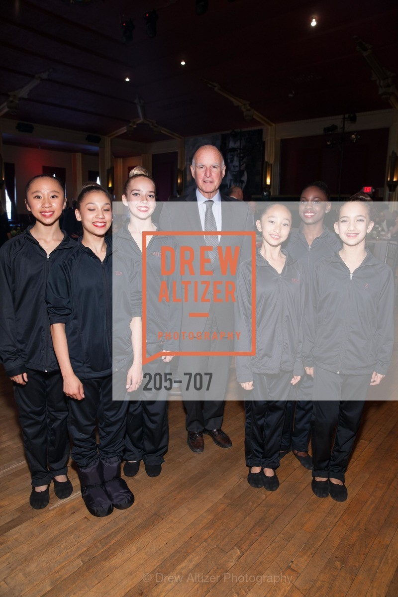 Students, Gov. Jerry Brown, OAKLAND SCHOOL FOR THE ARTS Gala 2015 with Governor Jerry Brown, US, May 7th, 2015,Drew Altizer, Drew Altizer Photography, full-service agency, private events, San Francisco photographer, photographer california