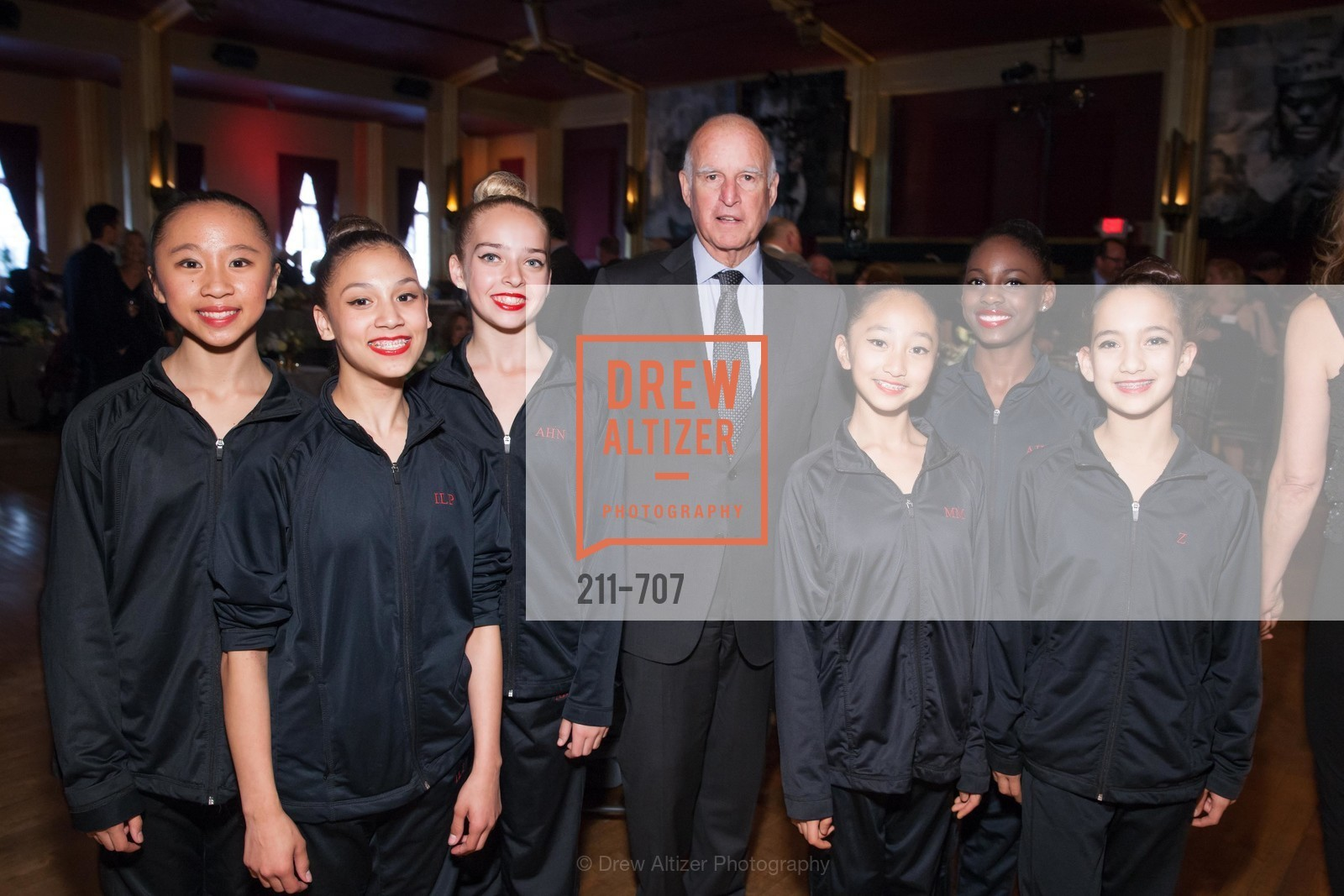 Students, Gov. Jerry Brown, OAKLAND SCHOOL FOR THE ARTS Gala 2015 with Governor Jerry Brown, US, May 8th, 2015,Drew Altizer, Drew Altizer Photography, full-service agency, private events, San Francisco photographer, photographer california