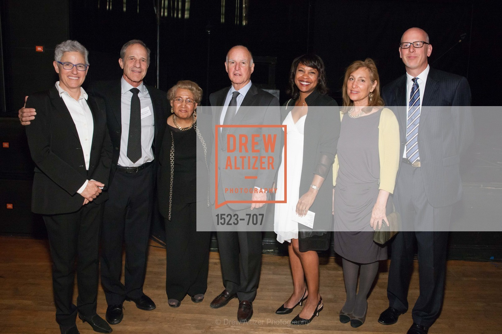 Carol Isen, Dr. Bruce Lawrence, Estella Harrison. Gov. Jerry Brown, April Hines, Randi Protobapis, Mike Barr, OAKLAND SCHOOL FOR THE ARTS Gala 2015 with Governor Jerry Brown, US, May 8th, 2015,Drew Altizer, Drew Altizer Photography, full-service agency, private events, San Francisco photographer, photographer california