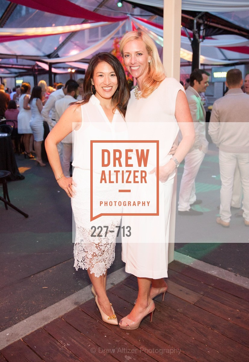 Dina To, Amanda Rickel, THE BAY AREA DISCOVERY MUSEUM'S Playdate 2015:  White to Bright, US, May 8th, 2015,Drew Altizer, Drew Altizer Photography, full-service agency, private events, San Francisco photographer, photographer california