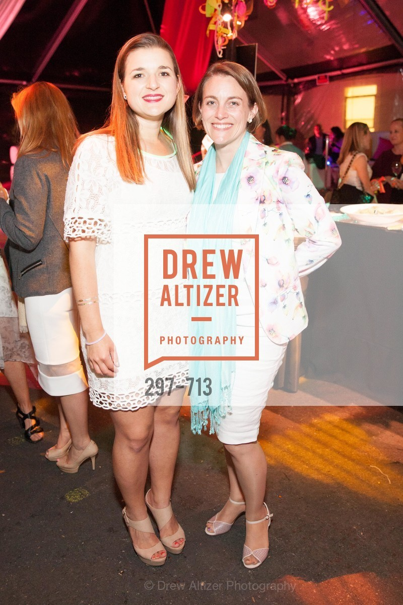 Julia Russell, Elizabeth Brood, THE BAY AREA DISCOVERY MUSEUM'S Playdate 2015:  White to Bright, US, May 8th, 2015,Drew Altizer, Drew Altizer Photography, full-service agency, private events, San Francisco photographer, photographer california