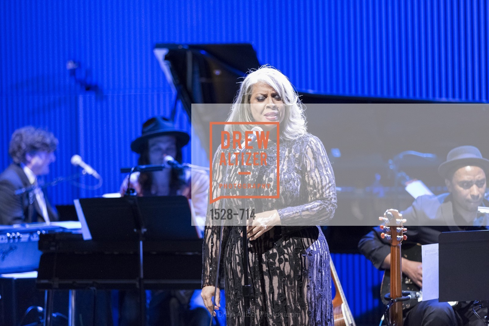 Performance By Patti Austin, SFJAZZ Gala 2015 Honors Joni Mitchell with Lifetime Achievement Award, US, May 9th, 2015,Drew Altizer, Drew Altizer Photography, full-service agency, private events, San Francisco photographer, photographer california