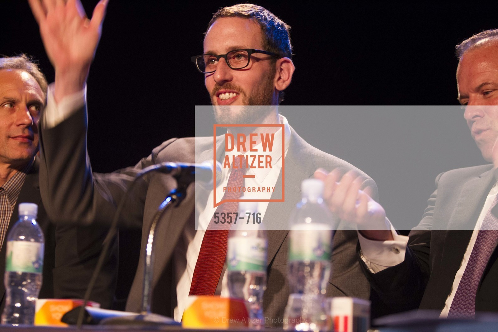 Supervisor Scott Wiener, READING PARTNERS BAY AREA Celebrity Spelling Bee, US, May 8th, 2015,Drew Altizer, Drew Altizer Photography, full-service agency, private events, San Francisco photographer, photographer california