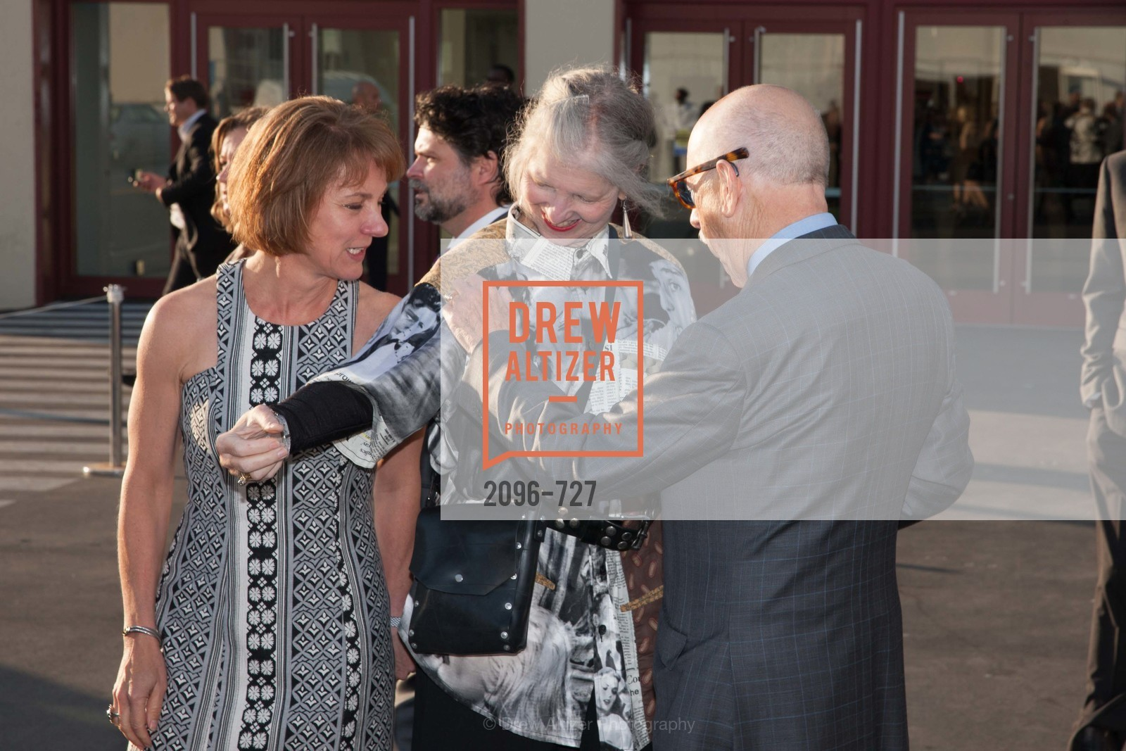 Lee Gregory, Leah Garchik, SAN FRANCISCO ART INSTITUTE Gala Honoring Art Visionary and Advocate ROSELYNE CHROMAN SWIG, US, May 13th, 2015,Drew Altizer, Drew Altizer Photography, full-service agency, private events, San Francisco photographer, photographer california