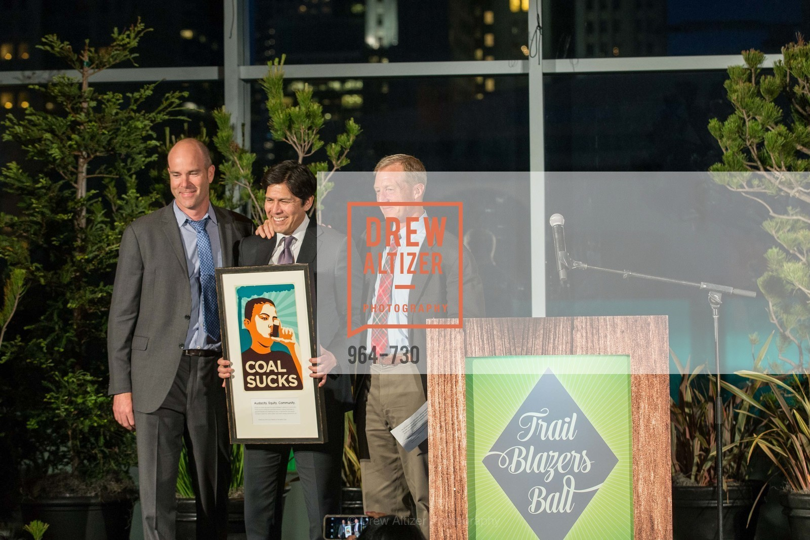 Michael Brune, State Senator Kevin DeLeon, Tom Steyer, 2015 SIERRA CLUB Trail Blazers Ball, US, May 16th, 2015,Drew Altizer, Drew Altizer Photography, full-service agency, private events, San Francisco photographer, photographer california