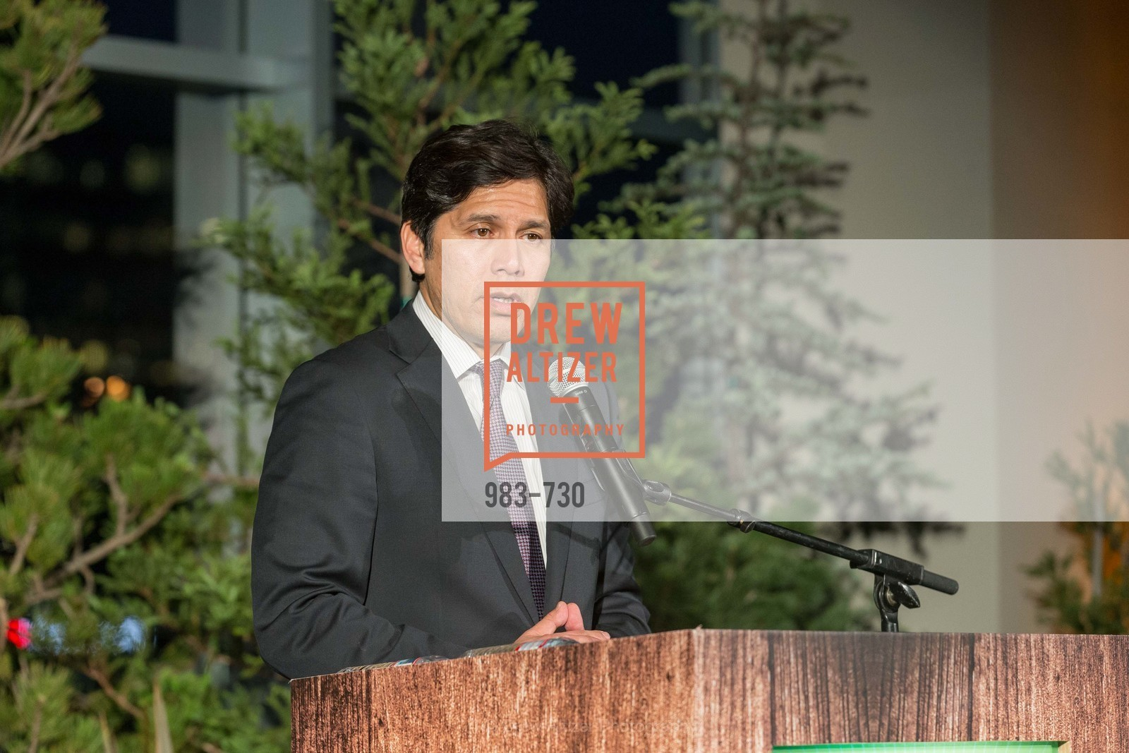 State Senator Kevin DeLeon, 2015 SIERRA CLUB Trail Blazers Ball, US, May 14th, 2015,Drew Altizer, Drew Altizer Photography, full-service agency, private events, San Francisco photographer, photographer california