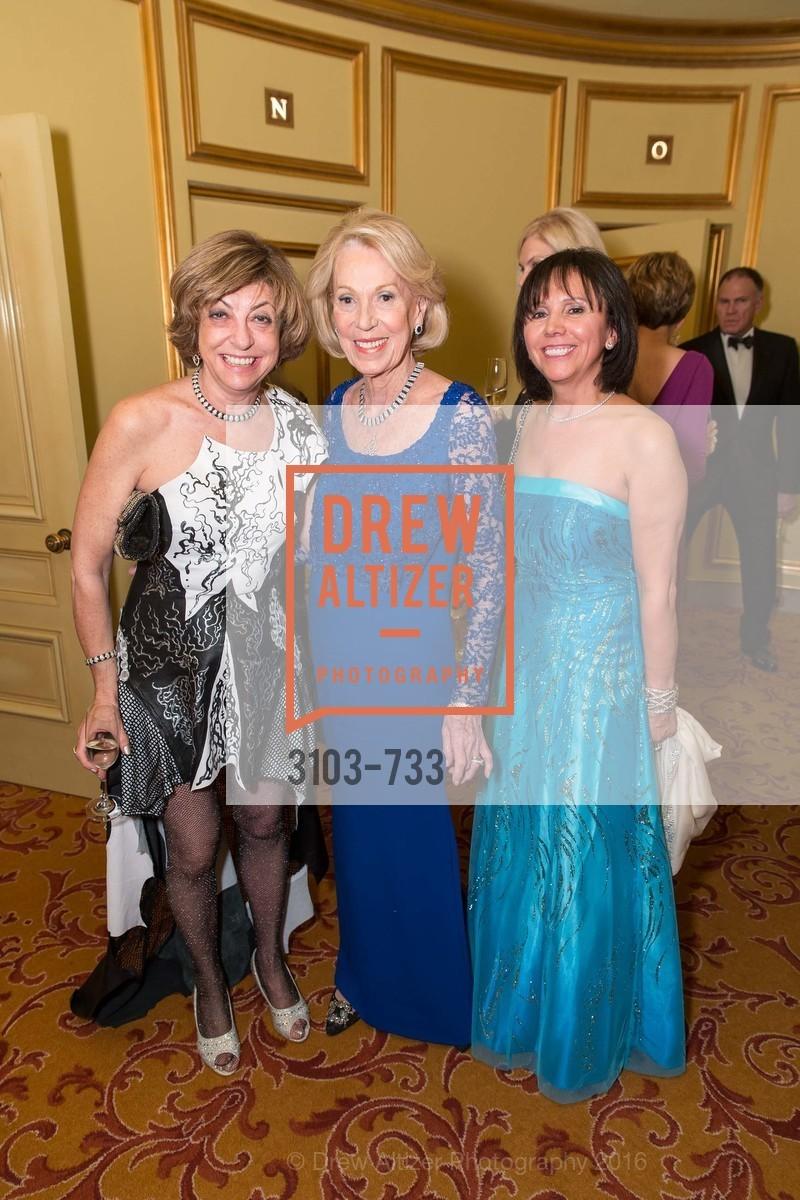 Ludmila Eggleton, Charlotte Shultz, Barbara Cartier, Photo #3103-733