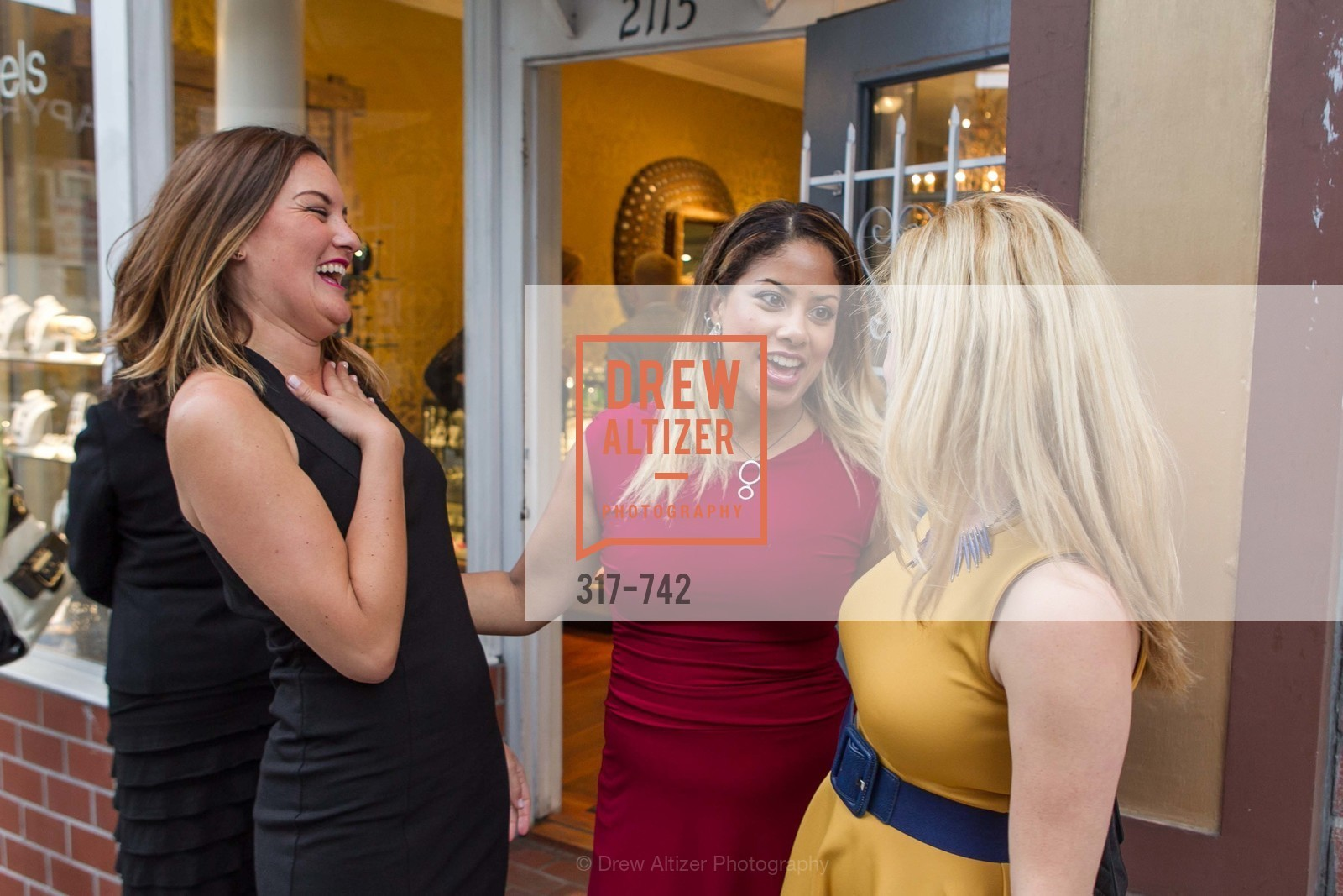 Rena Ramirez, Danielle Shareshian, LUXETIGERS & GALLERY OF JEWELS Benefit for Dress for Success, US, May 21st, 2015,Drew Altizer, Drew Altizer Photography, full-service agency, private events, San Francisco photographer, photographer california