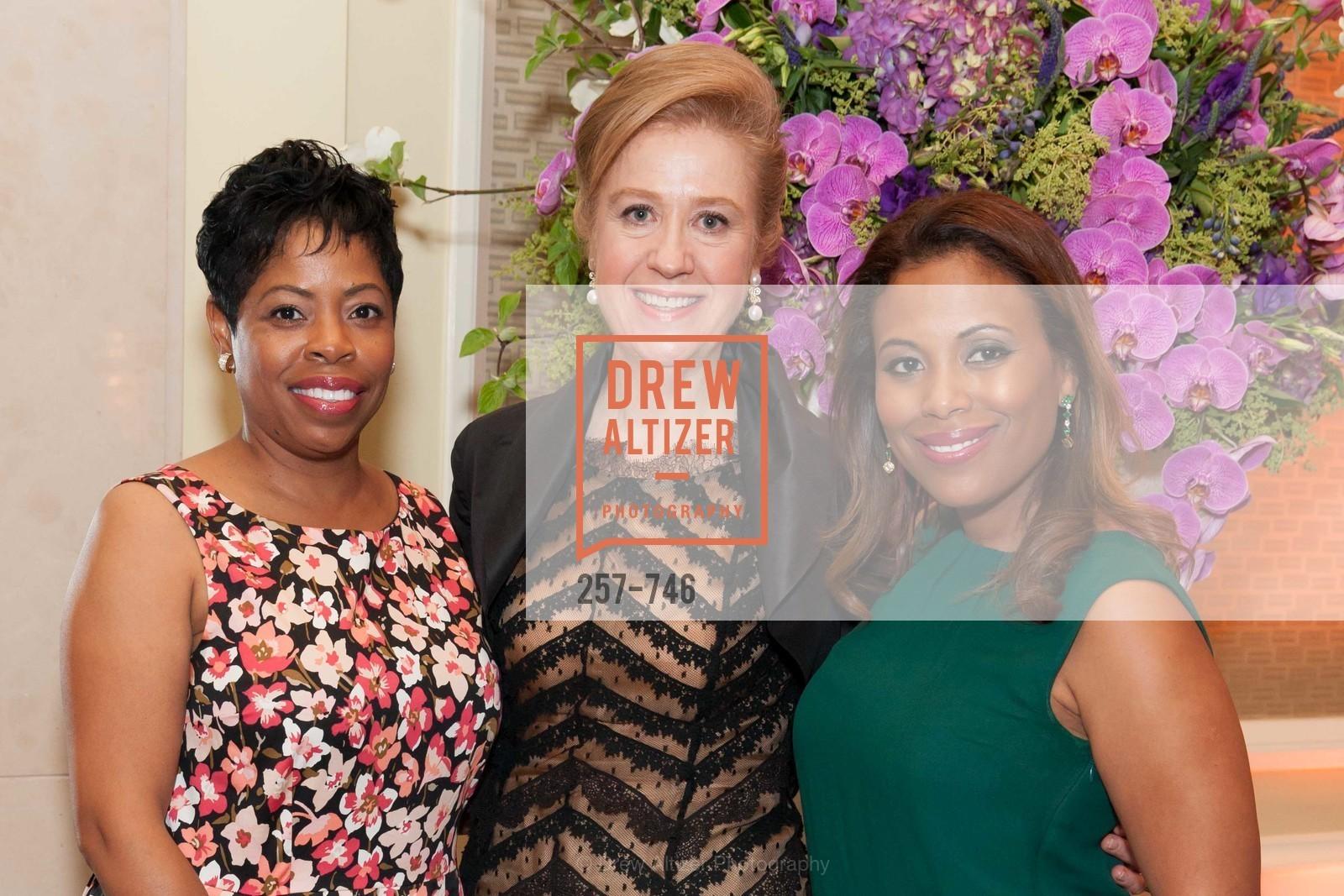 Stephanie Russell, Carol Benz, Laura Miller, Photo #257-746