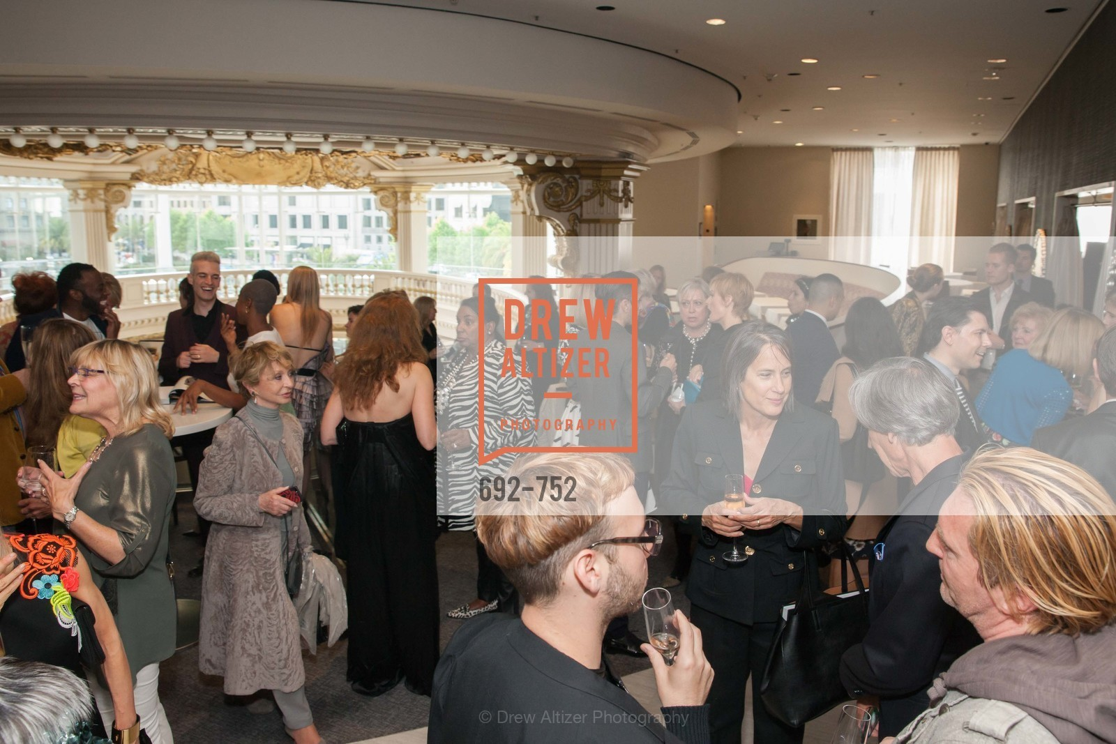 Atmosphere, Electric Fashion Book Signing with Christine Suppes & Ken Downing at THE ROTUNDA, NEIMAN MARCUS, Neiman Marcus, Rotunda, May 27th, 2015,Drew Altizer, Drew Altizer Photography, full-service agency, private events, San Francisco photographer, photographer california