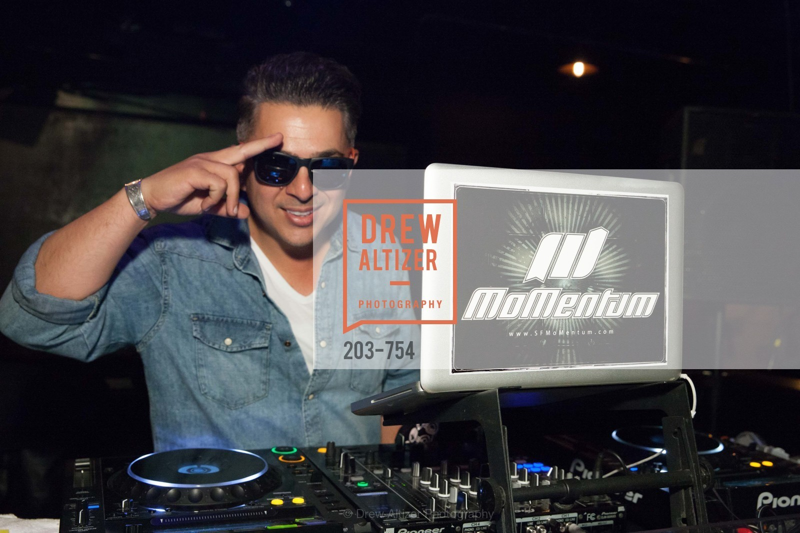 DJ Momentum, SPINSTERS OF SAN FRANCISCO Party Like It's 1985 Charity Party, US, Fort One Bar & Lounge. 2801 Leavenworth St, May 30th, 2015,Drew Altizer, Drew Altizer Photography, full-service agency, private events, San Francisco photographer, photographer california