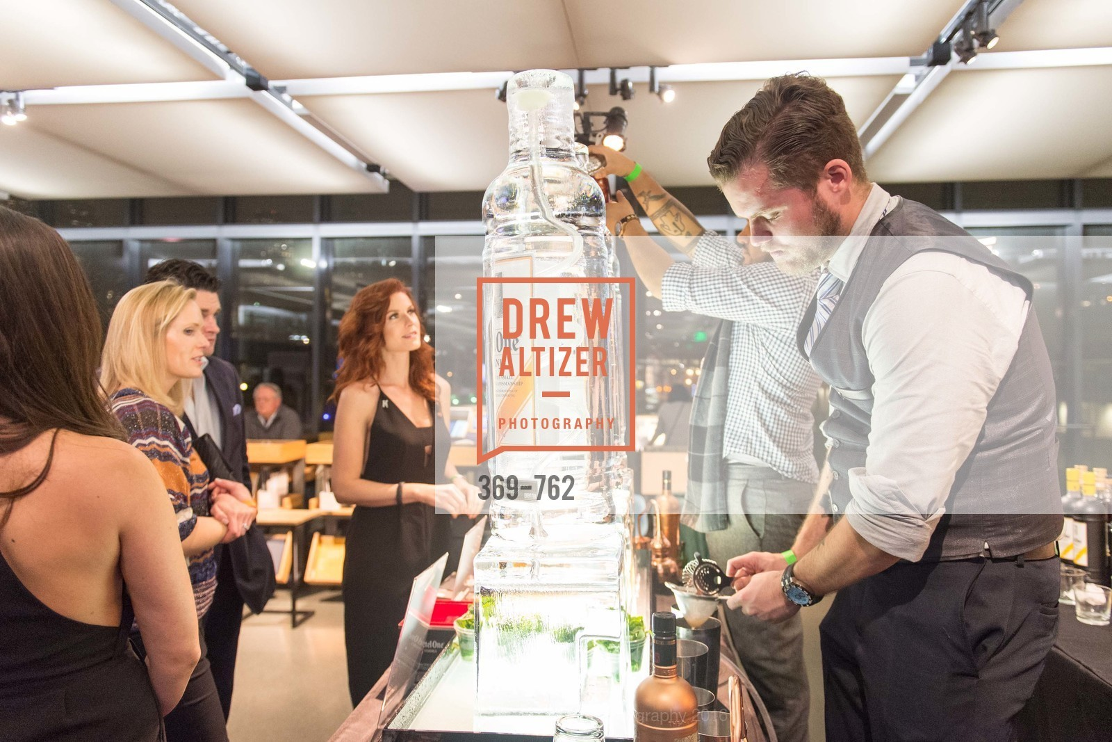 Atmosphere, The 2016 Exploratorium Science of Cocktails, Exploratorium. Pier 15, January 22nd, 2016,Drew Altizer, Drew Altizer Photography, full-service agency, private events, San Francisco photographer, photographer california