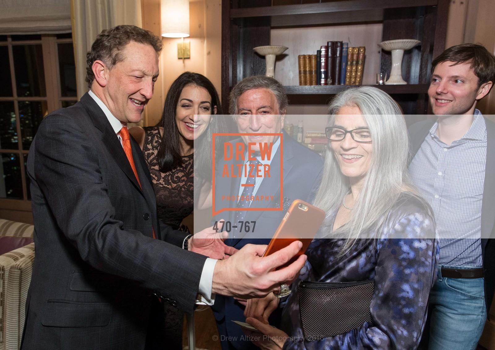 Larry Baer, Pam Baer, Tony Bennett, Photo #470-767