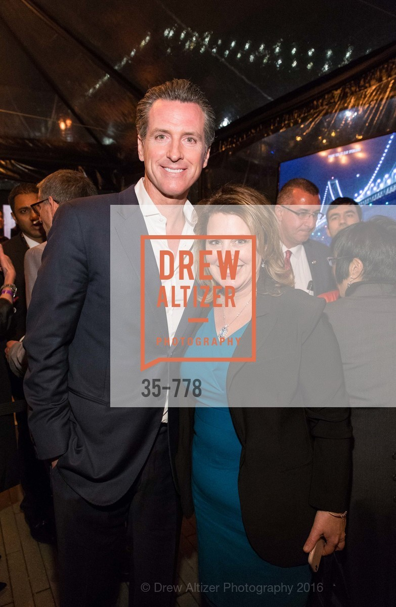 Gavin Newsom, Laurie Giamonna, The Bay Lights Grand Relighting Celebration, Epic Steakhouse. 369 The Embarcadero, January 29th, 2016,Drew Altizer, Drew Altizer Photography, full-service agency, private events, San Francisco photographer, photographer california