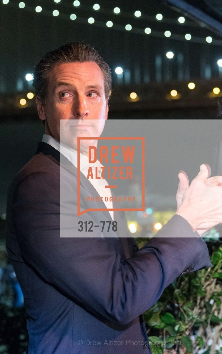 Gavin Newsom, The Bay Lights Grand Relighting Celebration, Epic Steakhouse. 369 The Embarcadero, January 29th, 2016,Drew Altizer, Drew Altizer Photography, full-service agency, private events, San Francisco photographer, photographer california