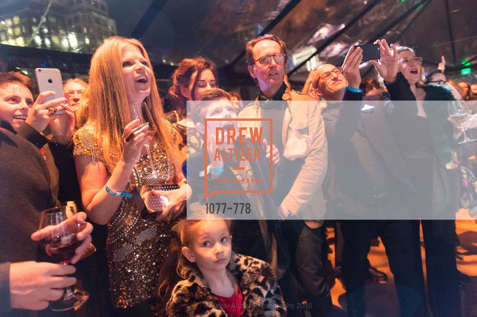 Yvonne Force Villareal, Vanessa Inn, The Bay Lights Grand Relighting Celebration, Epic Steakhouse. 369 The Embarcadero, January 29th, 2016,Drew Altizer, Drew Altizer Photography, full-service agency, private events, San Francisco photographer, photographer california