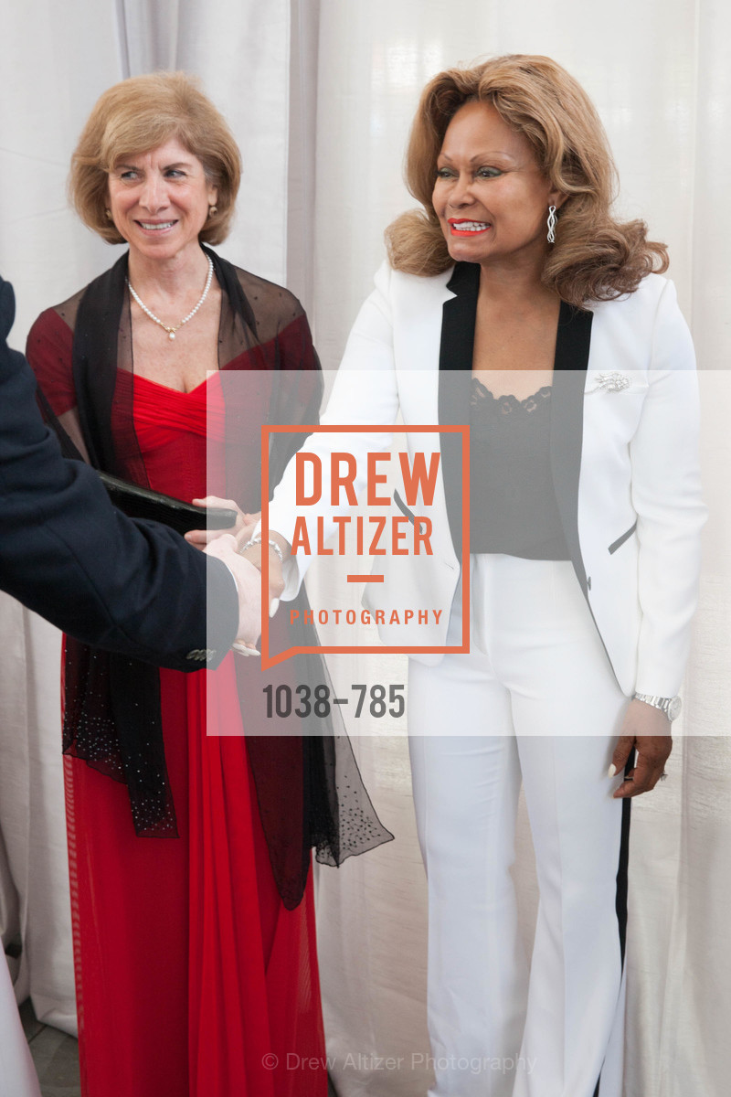 Gail McGovern, Janice Bryant Howroyd, 2015 RED CROSS Gala, US, April 12th, 2015,Drew Altizer, Drew Altizer Photography, full-service agency, private events, San Francisco photographer, photographer california