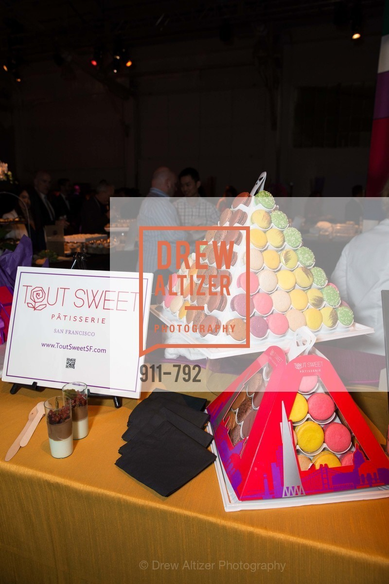 Tout Sweet Patisserie, MEALS ON WHEELS OF SAN FRANCISCO'S 28th Annual Star Chefs and Vintners Gala, US, April 20th, 2015,Drew Altizer, Drew Altizer Photography, full-service agency, private events, San Francisco photographer, photographer california