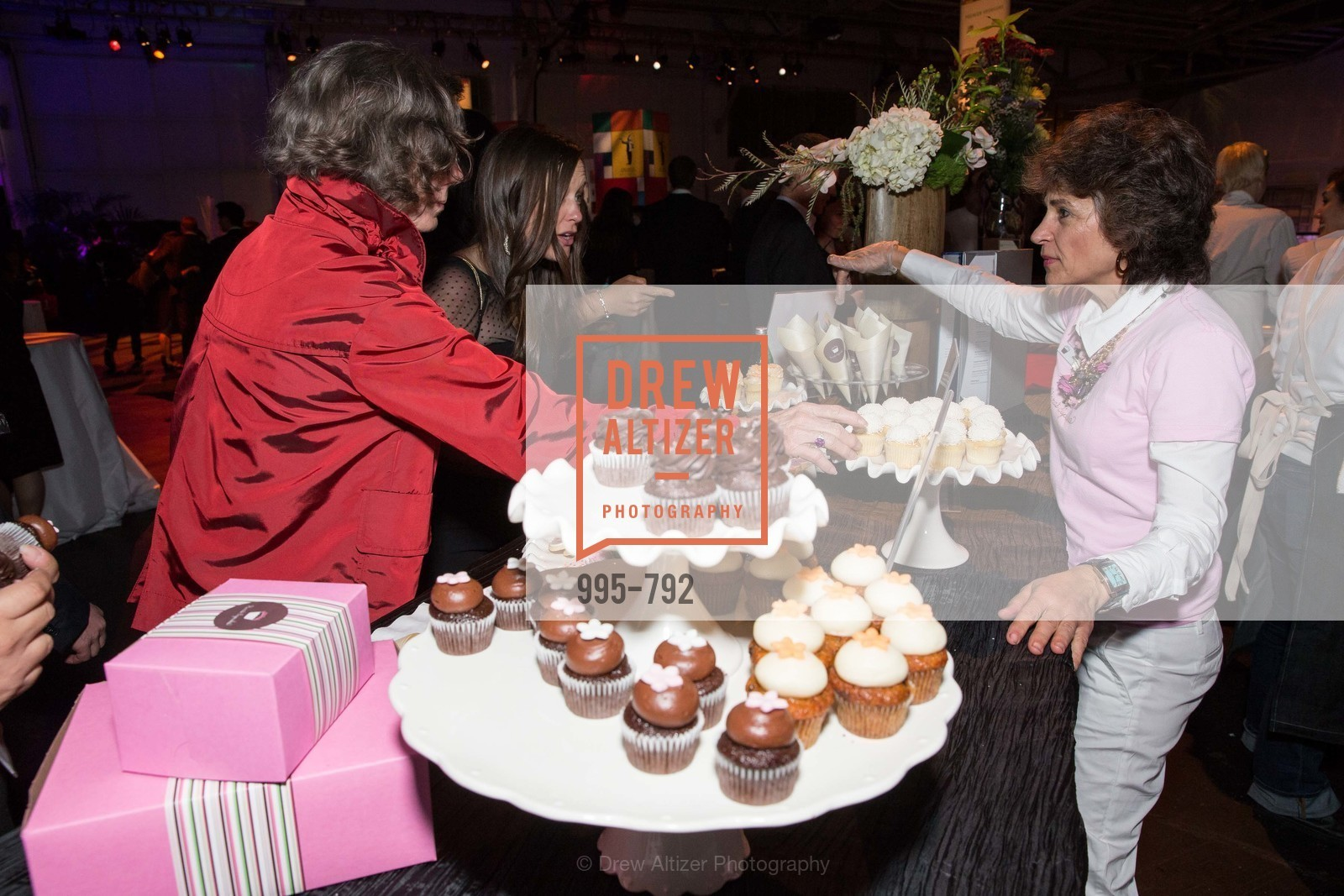 Kara's Cupcakes, MEALS ON WHEELS OF SAN FRANCISCO'S 28th Annual Star Chefs and Vintners Gala, US, April 20th, 2015