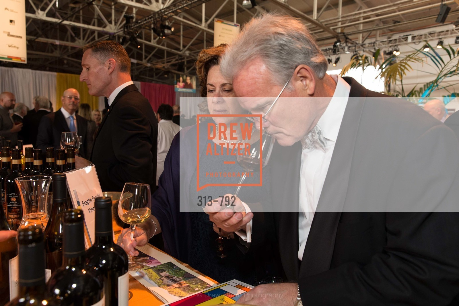 Staglin Family Vineyard, MEALS ON WHEELS OF SAN FRANCISCO'S 28th Annual Star Chefs and Vintners Gala, US, April 20th, 2015,Drew Altizer, Drew Altizer Photography, full-service agency, private events, San Francisco photographer, photographer california