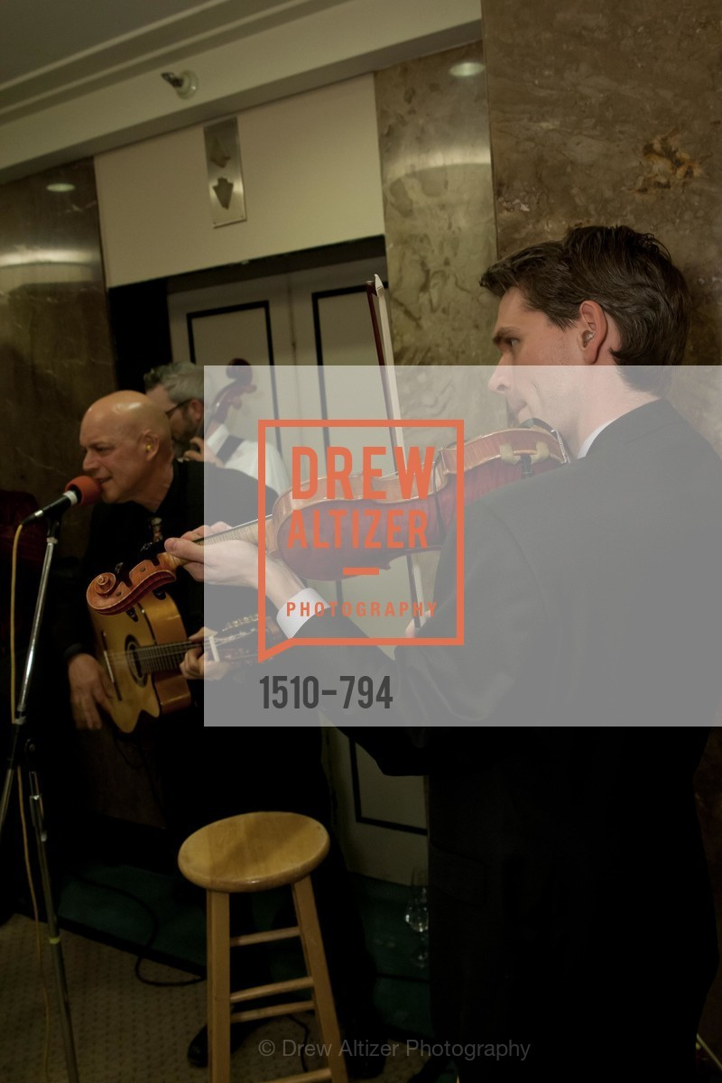 Performance By Freddy Clarke, EPI CENTER MedSpa Anniversary and Launch of REPLETE - Evening Celebration, US, April 21st, 2015,Drew Altizer, Drew Altizer Photography, full-service agency, private events, San Francisco photographer, photographer california