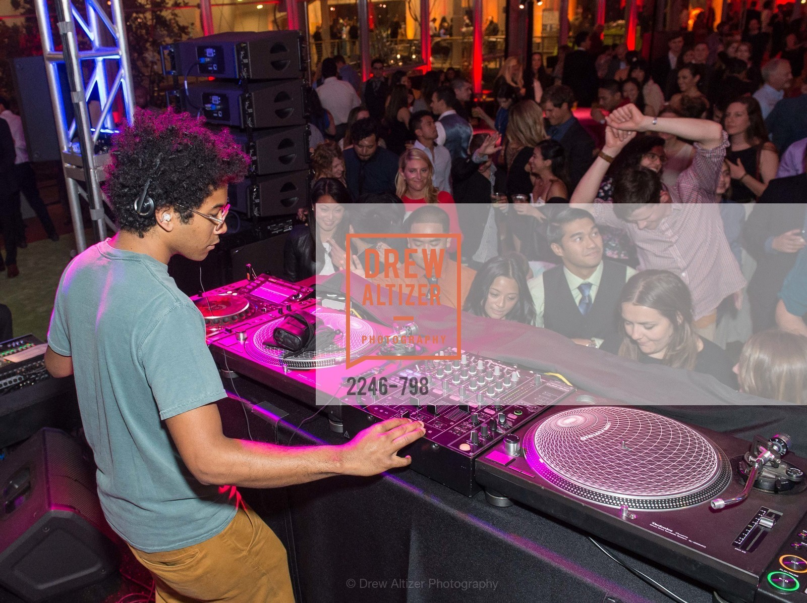 DJ Toro Y Moi, CALIFORNIA ACADEMY OF SCIENCES - Big Bang Gala 2015, US, April 24th, 2015,Drew Altizer, Drew Altizer Photography, full-service event agency, private events, San Francisco photographer, photographer California