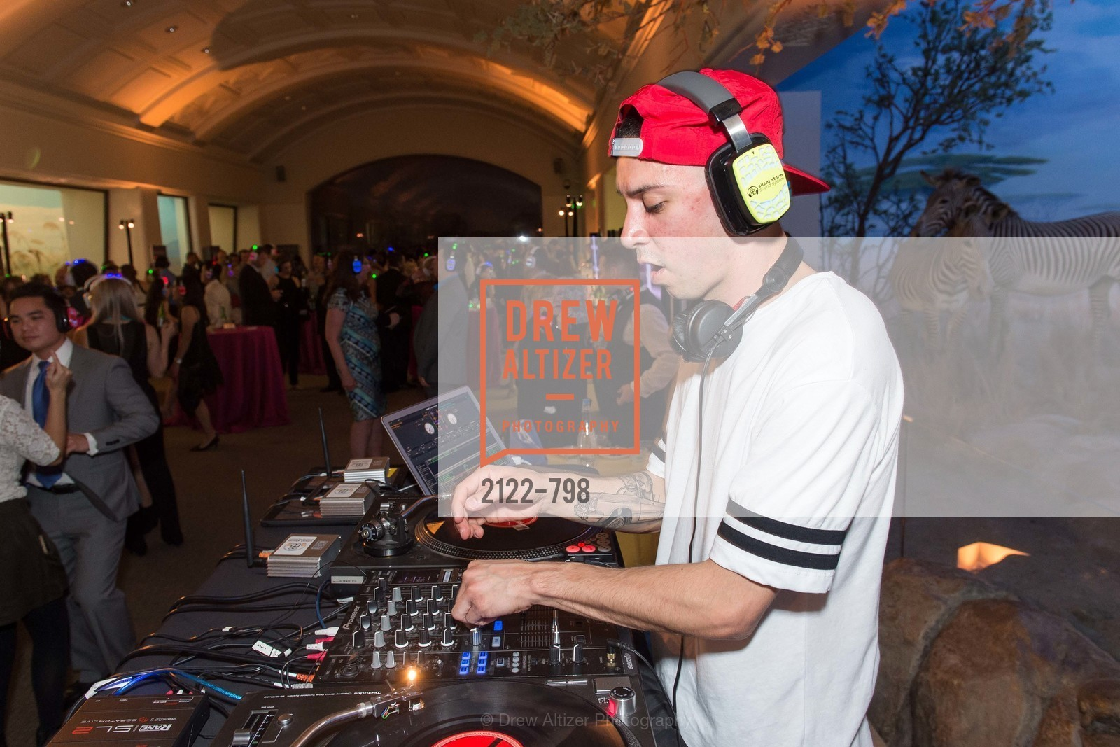 Dj, CALIFORNIA ACADEMY OF SCIENCES - Big Bang Gala 2015, US, April 23rd, 2015,Drew Altizer, Drew Altizer Photography, full-service agency, private events, San Francisco photographer, photographer california