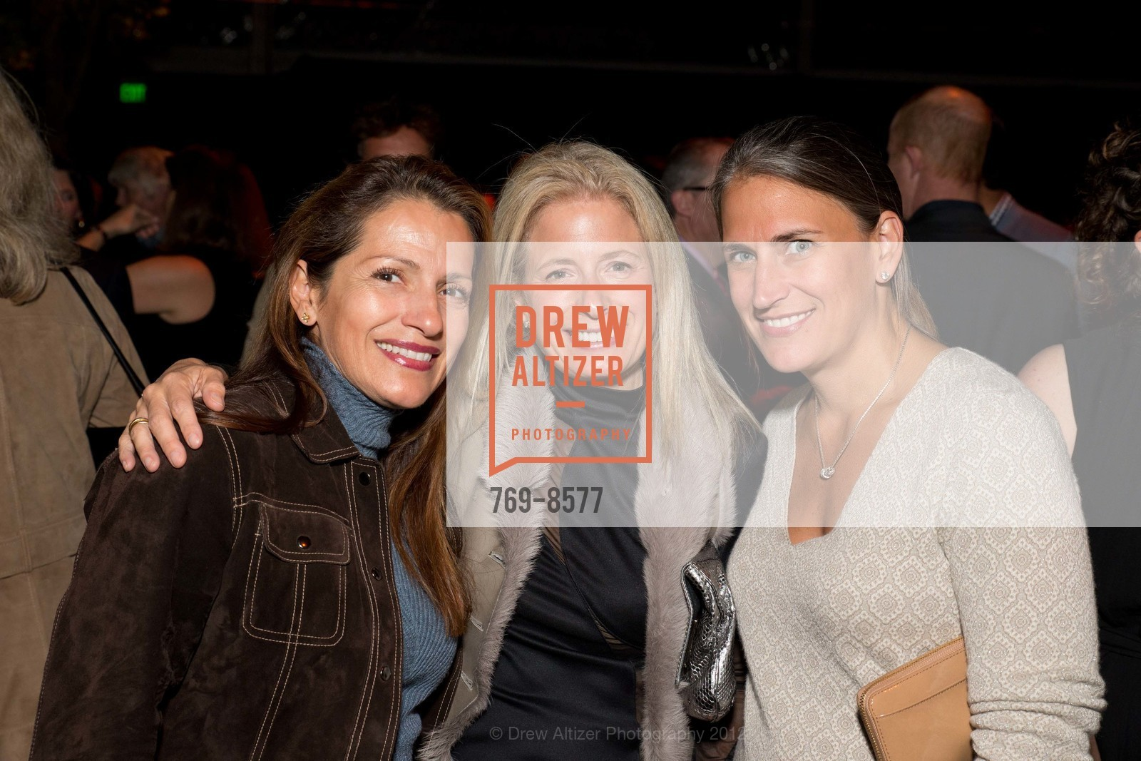 elizabeth cooper with alexandria alpers and amy price https drewaltizer com event 8577 party for the parks at anglers lodge san francisco parks alliance photo 2883032 elizabeth cooper alexandria alpers amy price